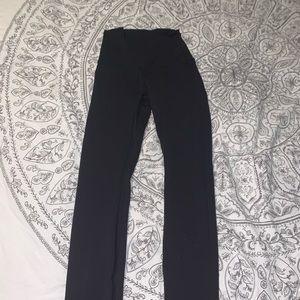 Black lulu leggings